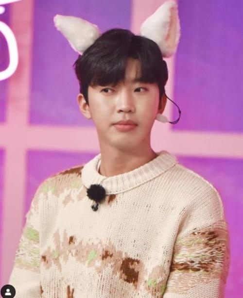 임영웅 고양아 귀 사진=뉴에라프로젝트 미스터트롯 공식 인스타그램
