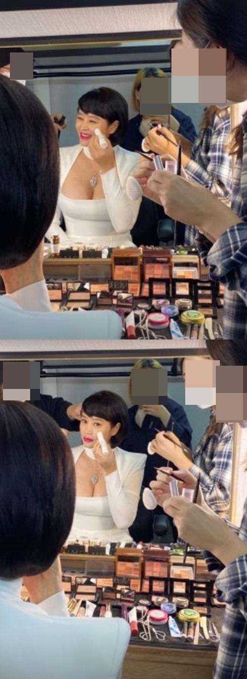 김혜수 드레스 사진=김혜수 인스타그램 스토리